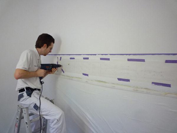 Malerarbeiten für Firmenlogo