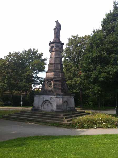 Kriegerdenkmal in Witten - Für Fortuna nach Berlin