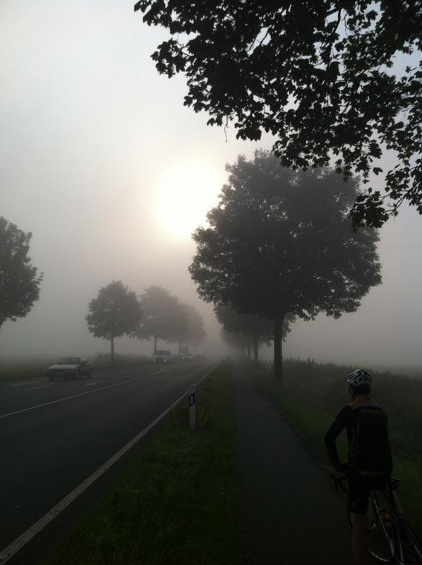 Morgenstund hat Nebel im Mund. - Für Fortuna nach Berlin!