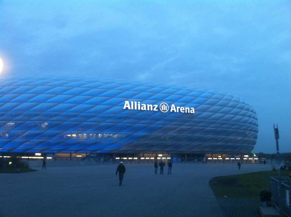Tuna for Kids! Die Arena in München im letzten Rageslicht