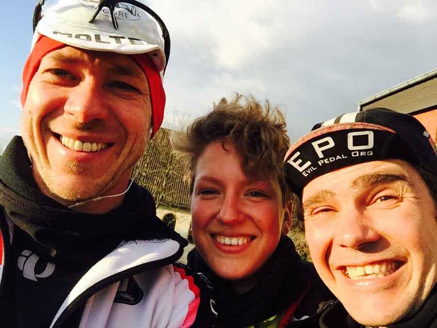 Tuna for Kids! - THE Drei: Markus, Steffi und Alex, vermutlich irgendwo bei Osnabrück