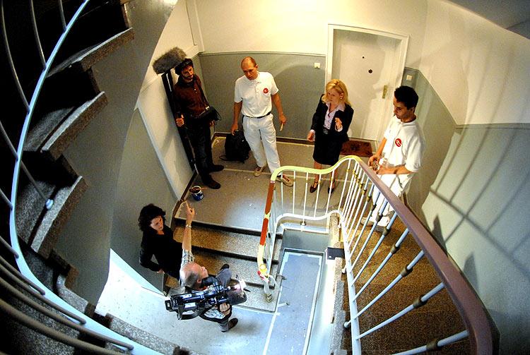 Besprechnung im Treppenhaus Kapellstrasse